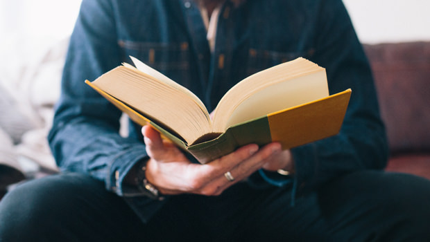 How to Develop a Reading Habit